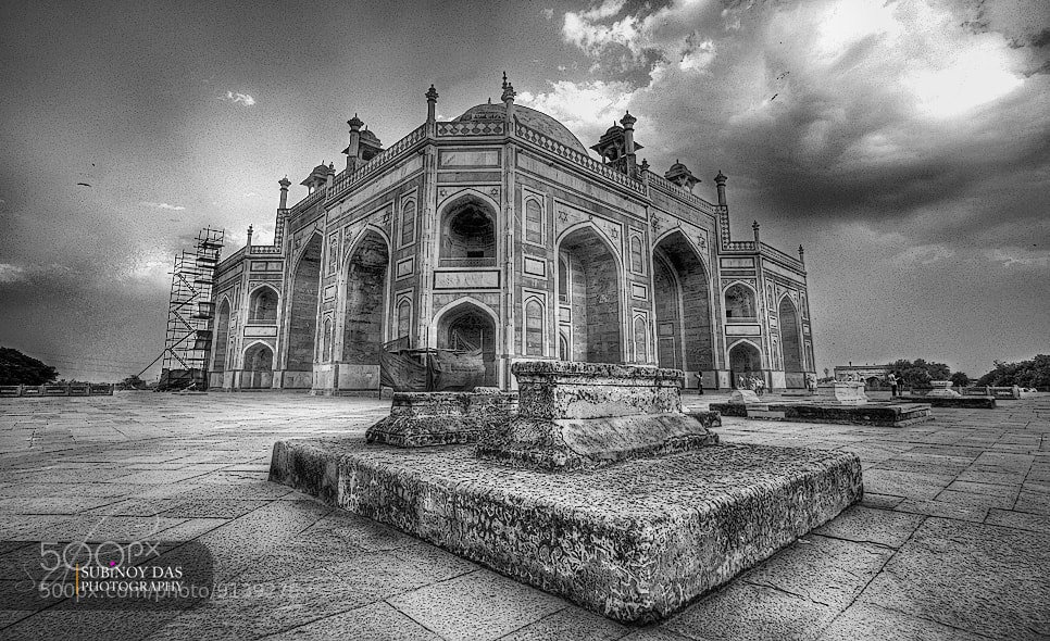 Photograph Humayun's  Tomb by Subinoy Das on 500px