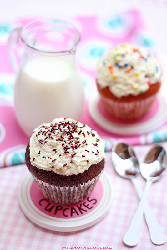 Photograph Cupcakes by Lily Almazova on 500px