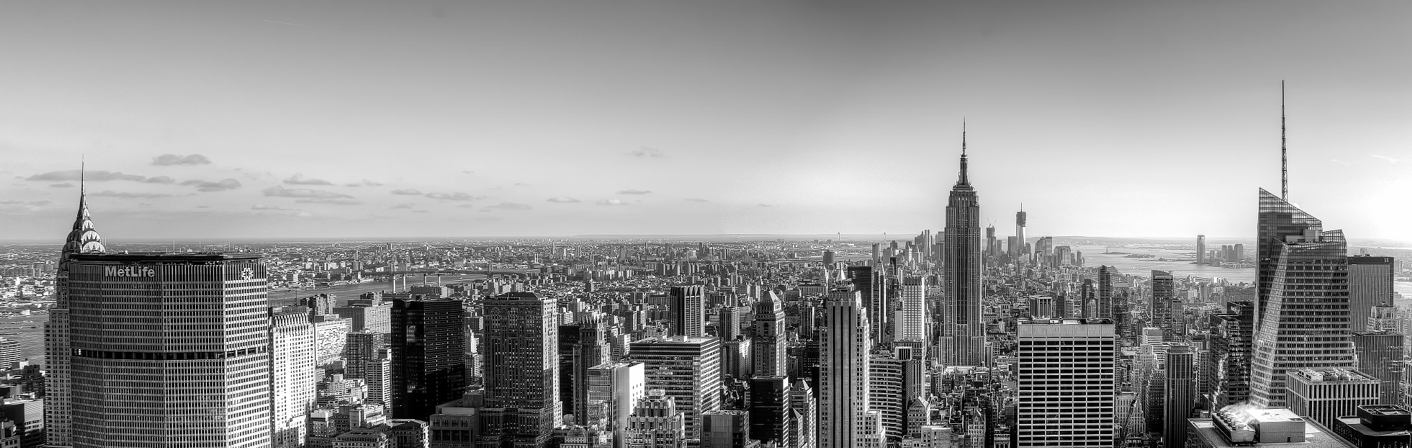 Photograph B&W Top of the rock 2 by Angel Escalante on 500px