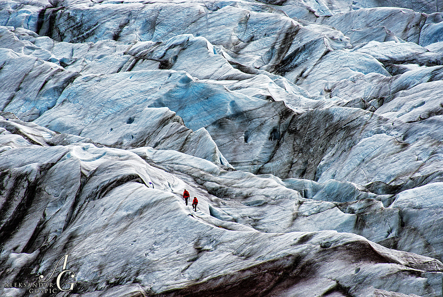 Could be Cooper and Dr. Ameilia Brand roaming the vastness of Dr. Mann's frozen planet in Interstellar, and actually that part was filmed here on Svínafellsjökull, an outlet glacier of the vast Vatnajokull icecap in Iceland