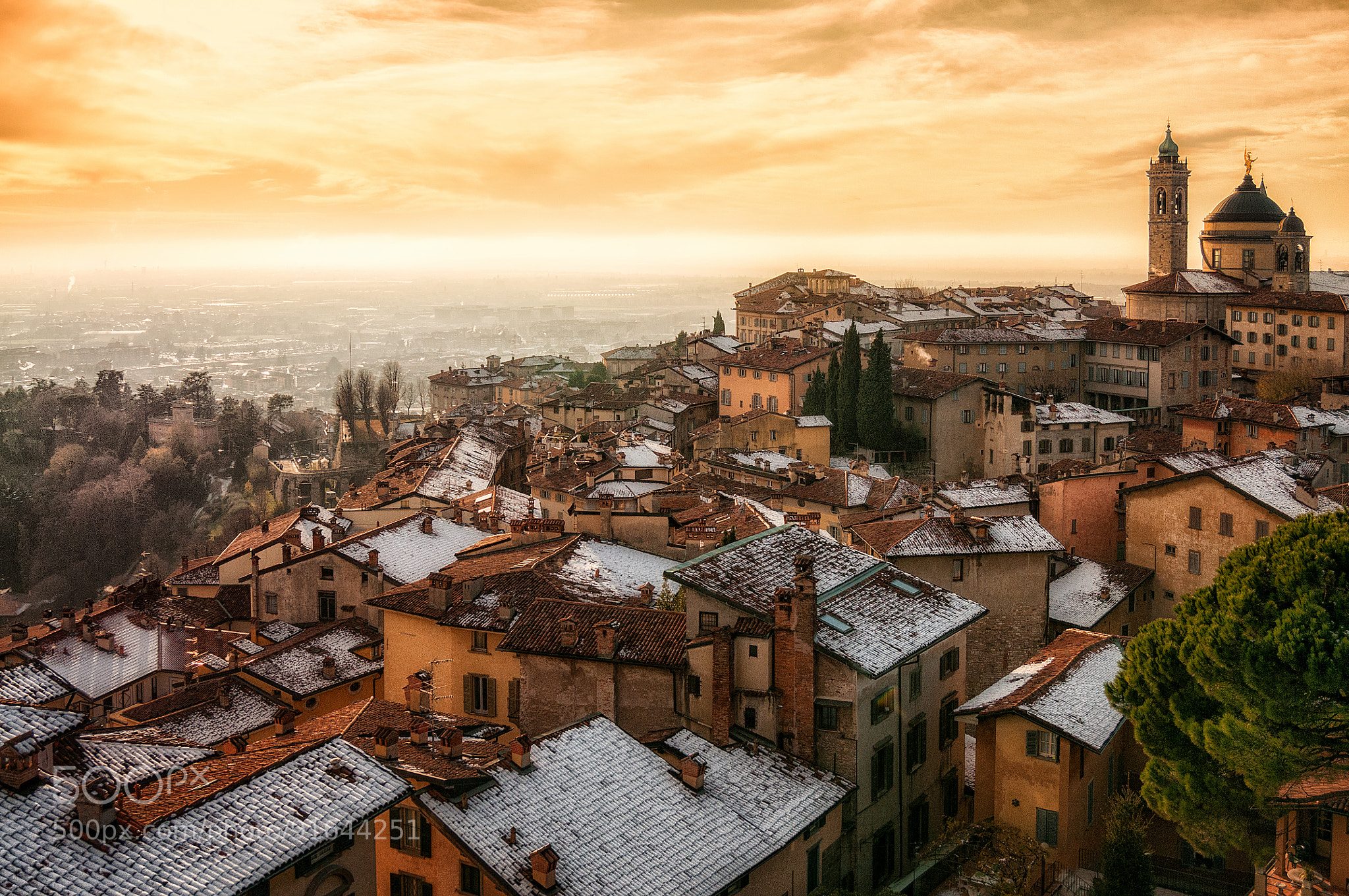 Winter Sunset Over The Upper City Of Bergamo Northern Italy 187 Imgday Com
