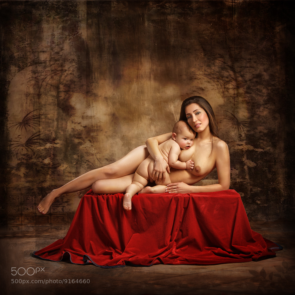 Photograph Maternidad by vicente esteban on 500px