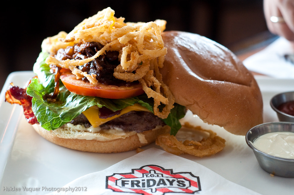 Photograph TGIFriday's Cowboy Triple Play Burger. by Haidee Vaquer on 500px