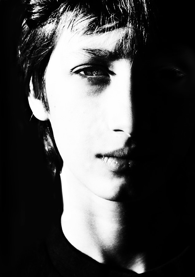 "© Betina La Plante.  All rights reserved.  For prints, licensing, or any other use please contact betinalap@gmail.com  <a href=""http://www.facebook.com/BetinaLaPlante2"">Facebook Page</a>"