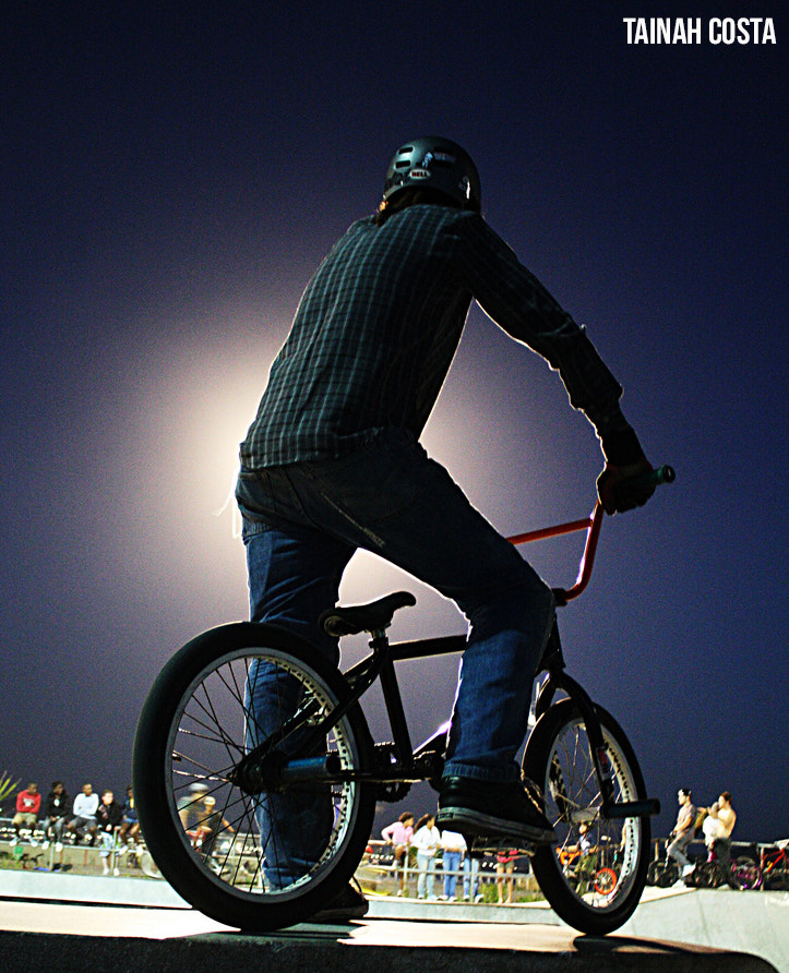 Photograph bike by tainahcosta on 500px