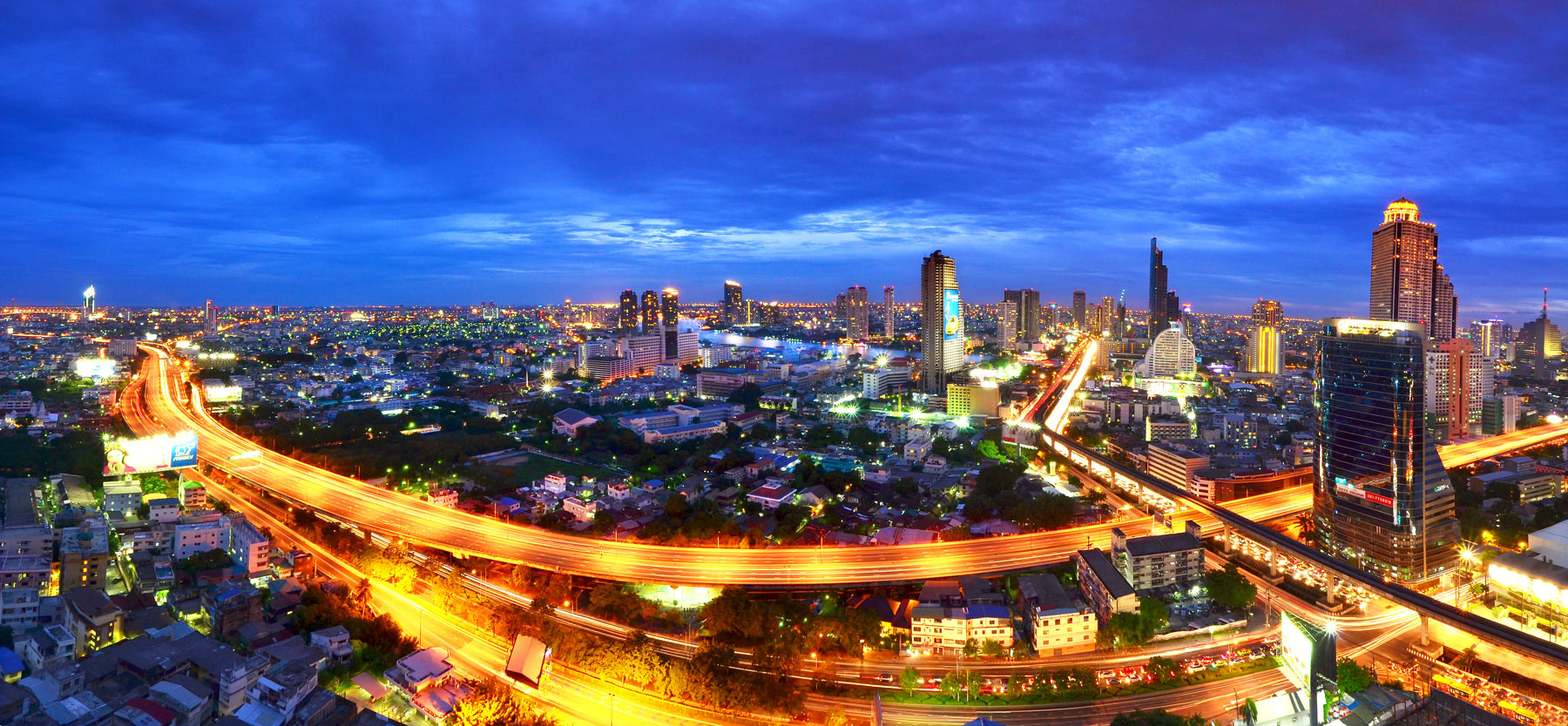 Photograph Bangkok City by noomplayboy  on 500px