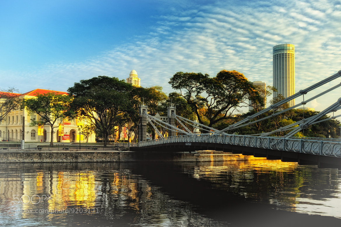 Photograph Singapore River (Cavenagh Bridge / 加文纳桥) #05 by Eddie Cheng on 500px