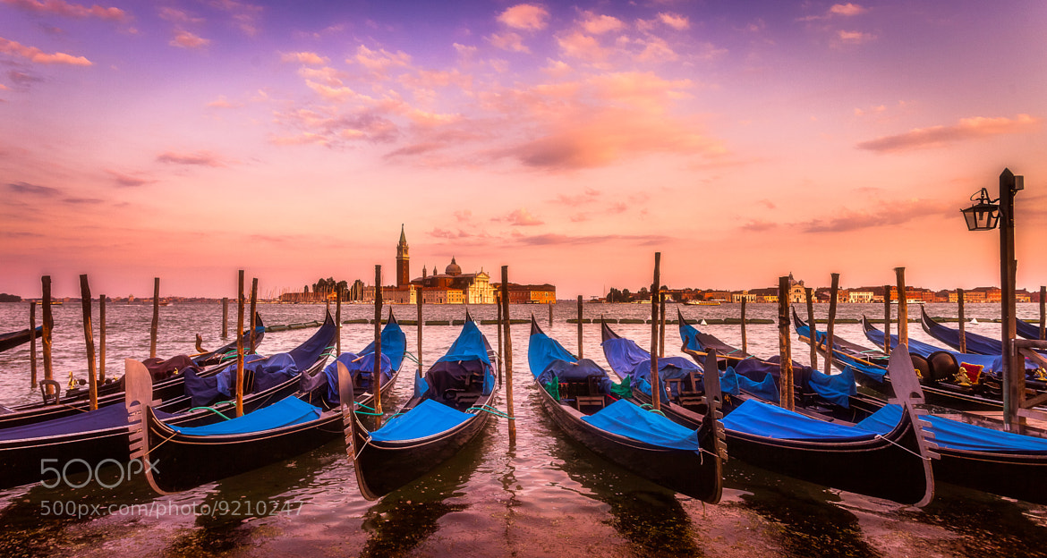 Photograph Start of sunset in Venice by Ramelli Serge on 500px