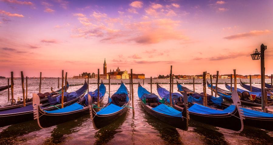 Start of sunset in Venice