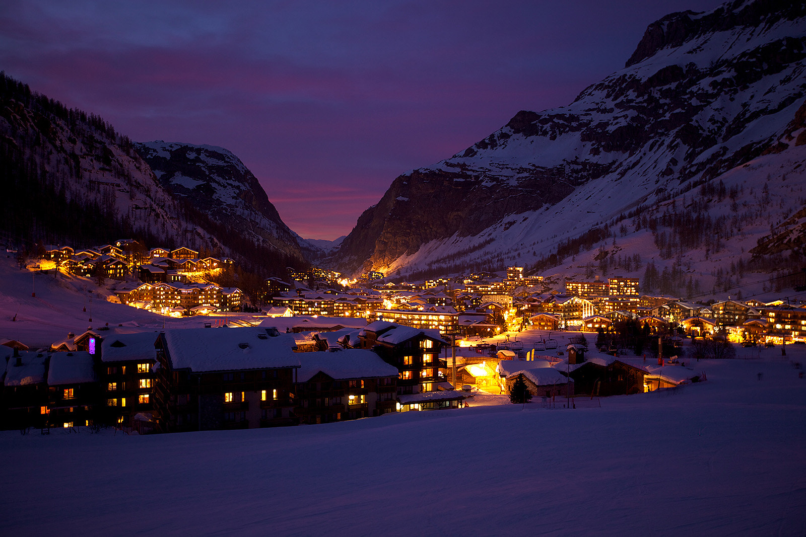 Photograph Val d'Isere at night by Jus Medic on 500px
