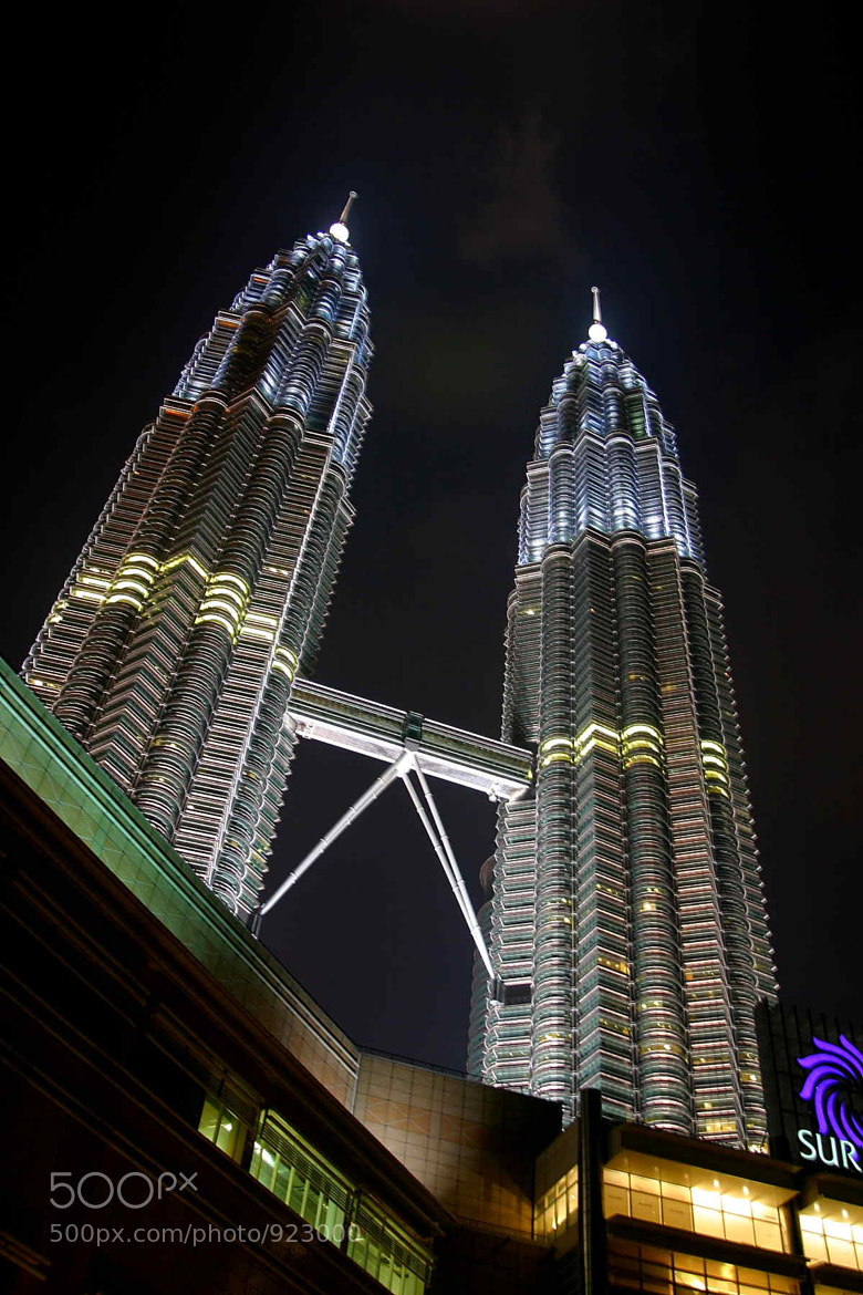 Photograph Petronas by Mr Traraw on 500px