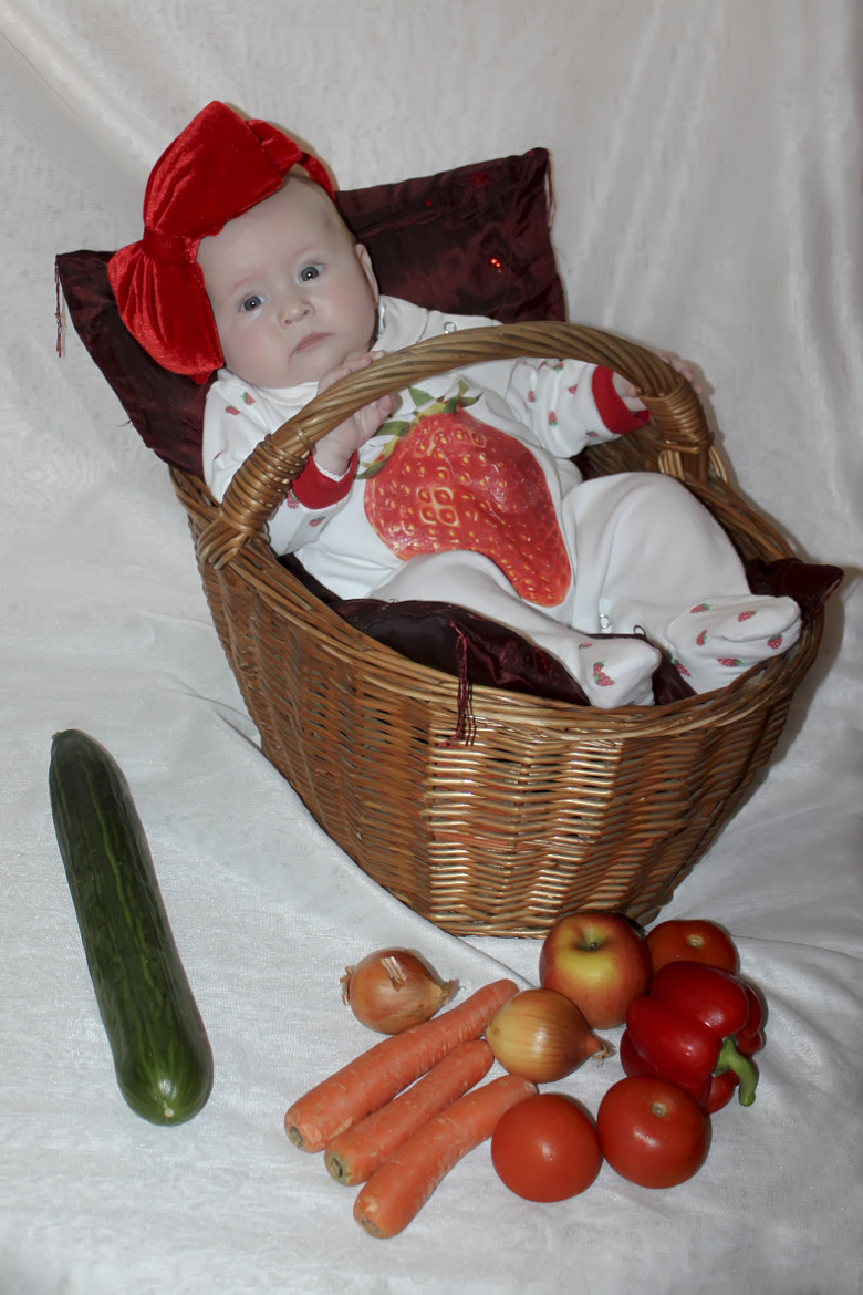 Photograph baby in a basket by Olga H on 500px