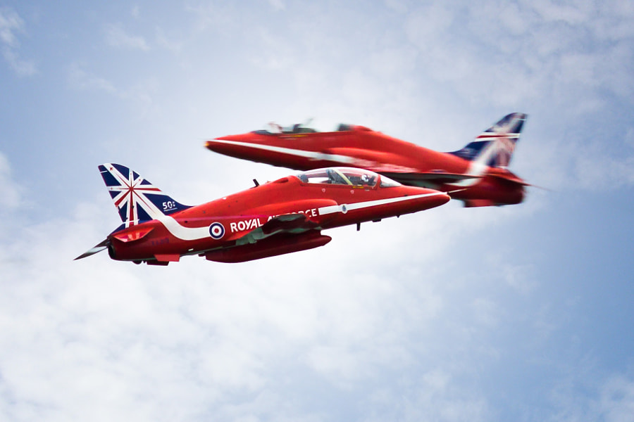 Red Arrows Synchro Pair Enhanced