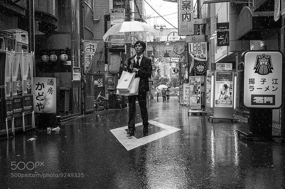 Photograph singin in the rain by streetwrk .com on 500px