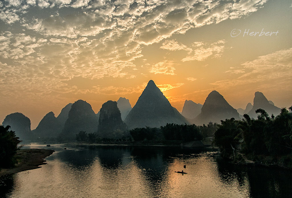 Photograph Lazy sunset by Herbert Wong on 500px