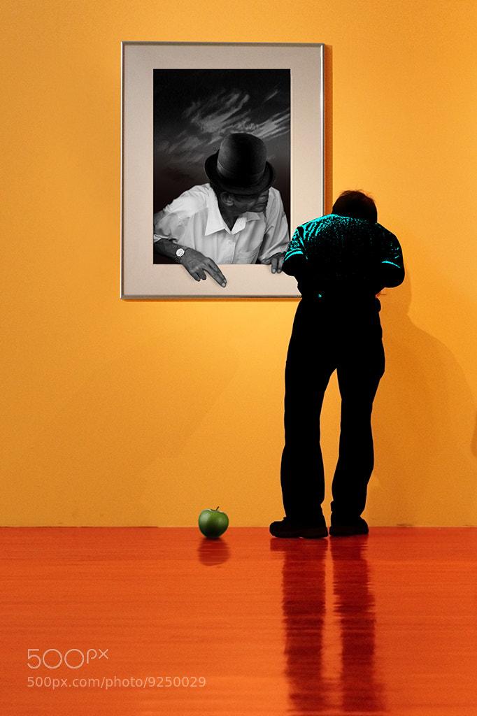 Photograph The curious man !?! by Anuchit Sundarakiti on 500px