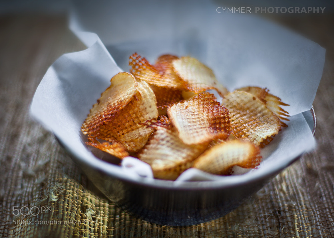 Photograph potato chips by Marcin Cymmer on 500px