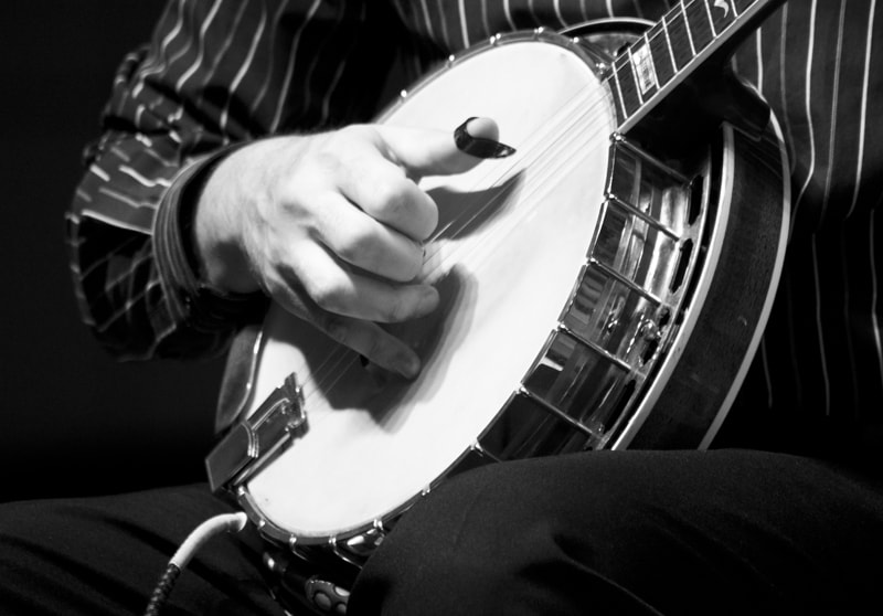 Photograph Banjo by Leyda Luz on 500px