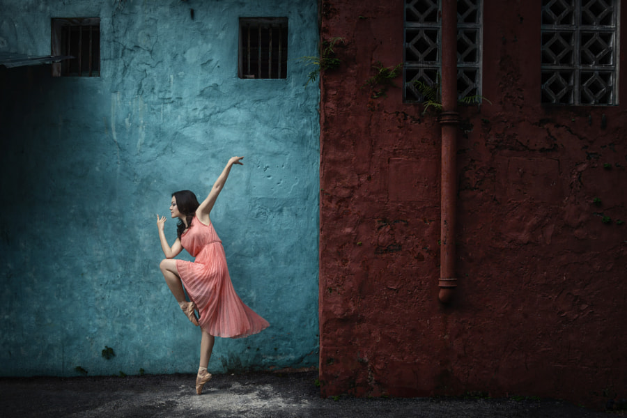 Street ballerina by Lau Yew Hung on 500px.com