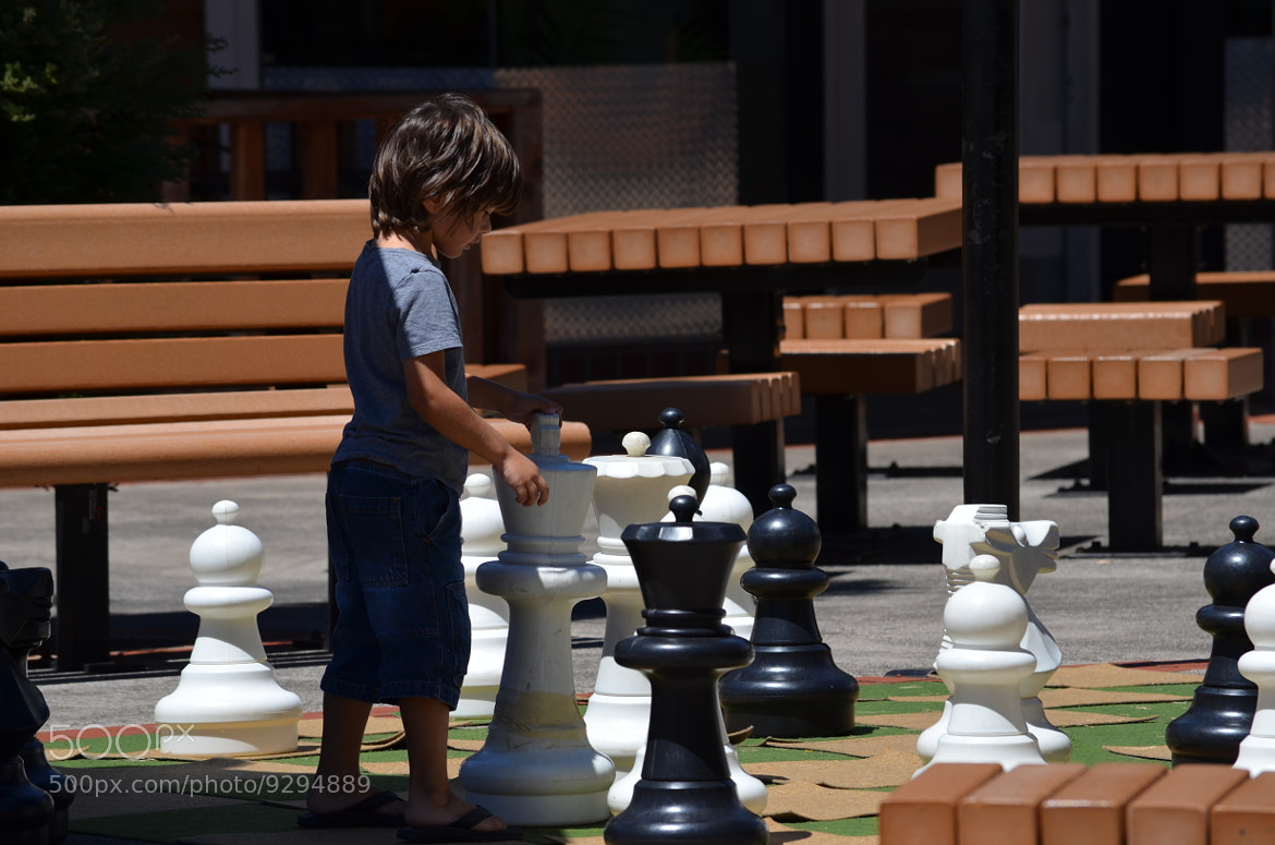 Photograph Beginner's Chess by Victor C. Pavez on 500px