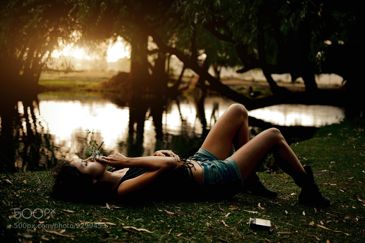 Photograph WE RELAX NEAR THE LAKE by Joel Sossa on 500px