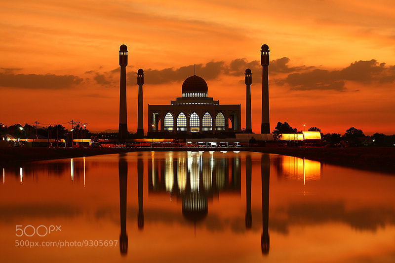 Photograph musjid at songkhla by Phukarn Photo on 500px