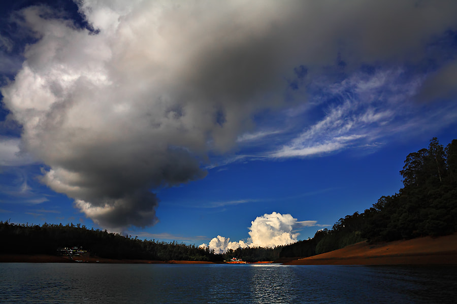 Paykara Lake