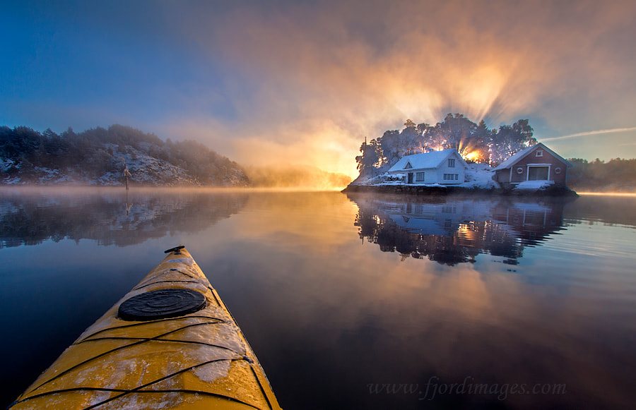 Ultimate fjord kayaking by Ola Moen on 500px.com