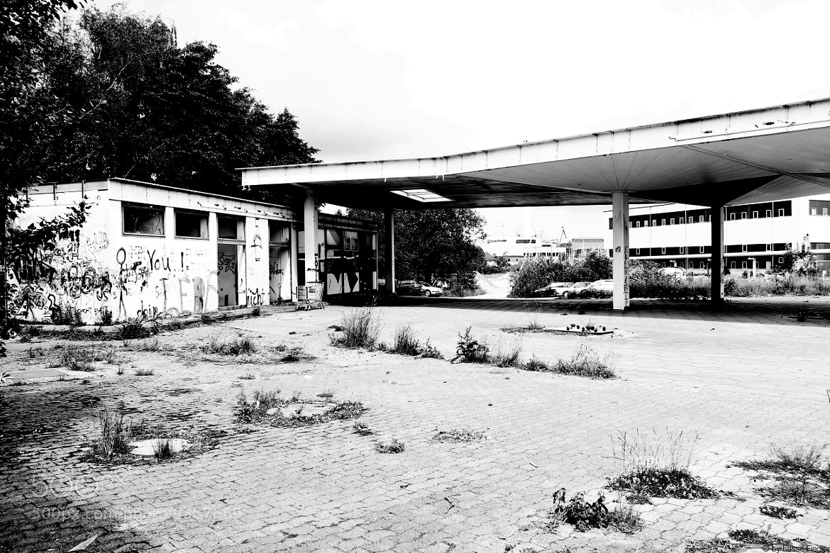 Photograph Gas Station by Lasse Fiedler on 500px