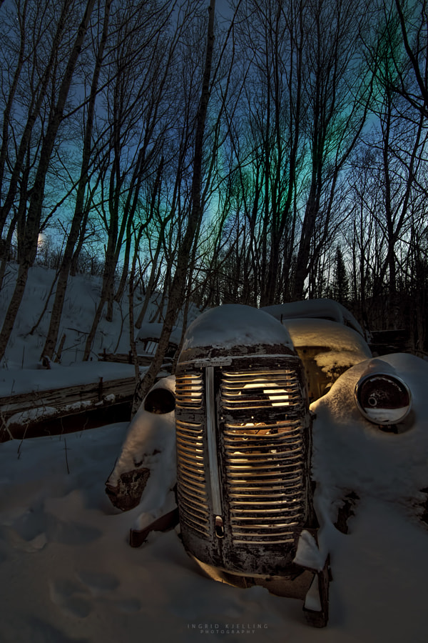 Photograph The aurora taxi by Ingrid Kjelling on 500px