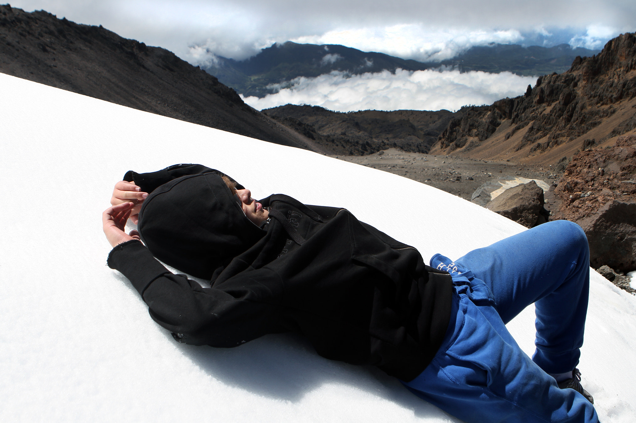 Photograph Taking a break in the snow at 5000 meters altitude by Cristobal Garciaferro Rubio on 500px