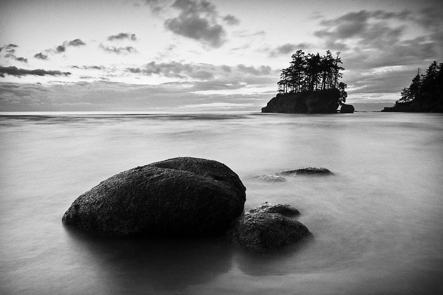 Floating Rock at Crescent Beach, Washington, USA