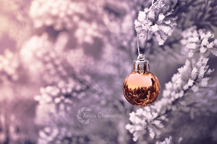 Gold Christmas Ball by Xenia Chowaniec on 500px.com