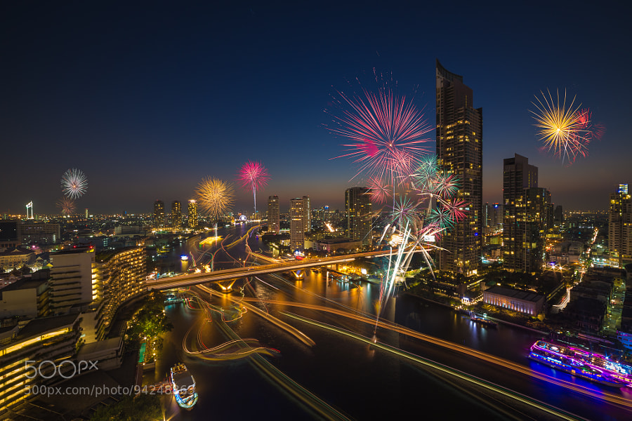 Photograph Bangkok new year 2015 by Payont Thanasatirakul on 500px