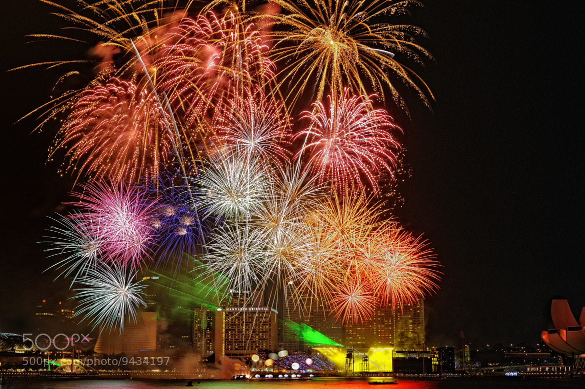 """Photograph Fireworks """"The Grand Finale"""" (烟火) #01 by Eddie Cheng on 500px"""