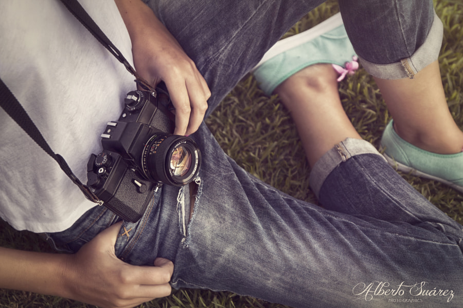 Vintage Camera Lover by Alberto Suárez on 500px.com