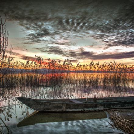 A boat and a lake...