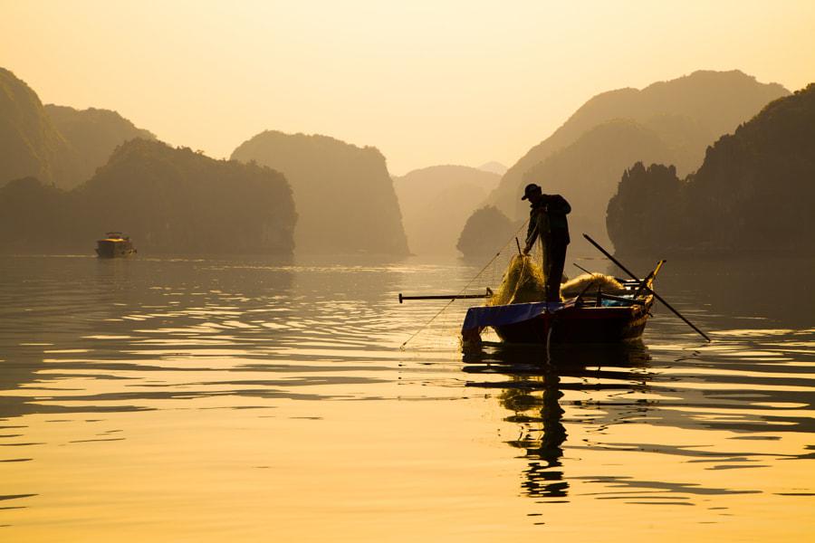 Halong Bay Fisherman by Masi Bardi on 500px.com