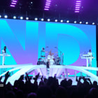 Постер, плакат: No Doubt performs at Verizon Wireless Amphitheatre in Irvine CA on 08 05 2009