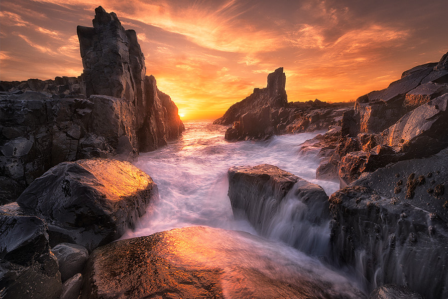 Photograph The Edge of the World by Joshua Zhang on 500px