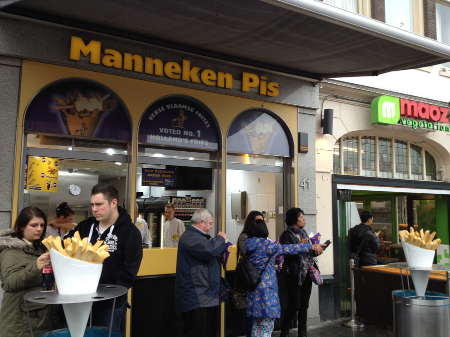 Photograph frites, Manneken Pis, Amsterdam by parentheticalpilgrim on 500px