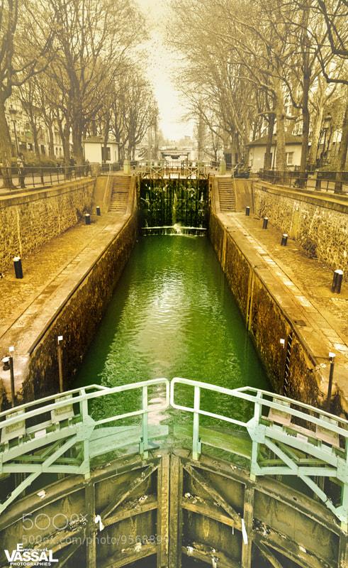 Photograph ÉCLUSE DU CANAL by Emmanuel VASSAL on 500px