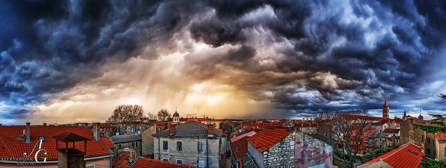 The last moments before the sky fell on Zadar