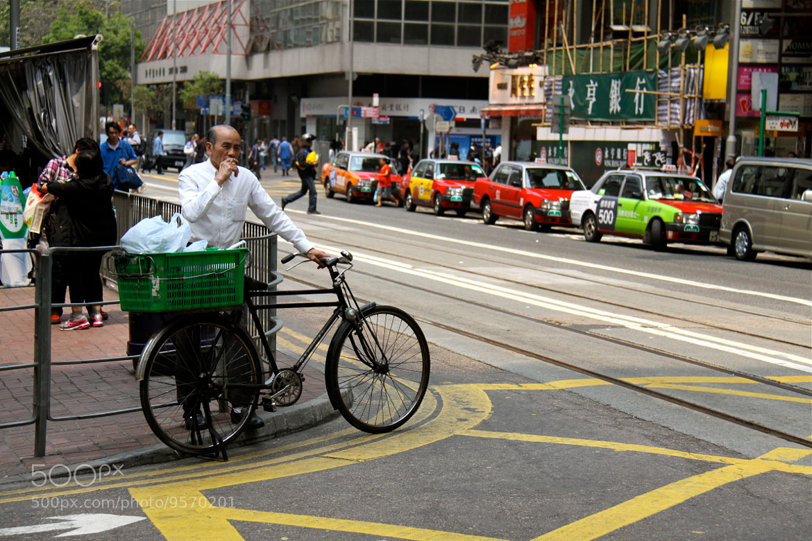 Photograph Man in Hong-Kong by Herve Alexandre on 500px