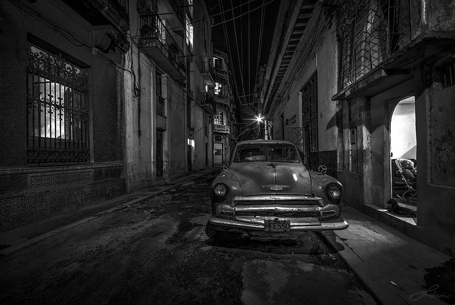 Barrio B&W by Liban Yusuf B&W on 500px.com