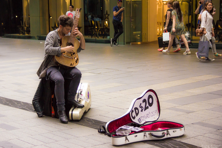 Photograph Street artist in Sydney by Chirag Saraswati on 500px