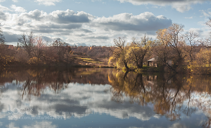 Autumn water by Alex Ivanov (WNDRDR) on 500px.com