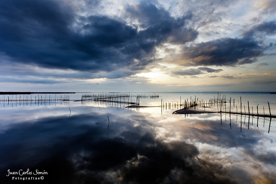 Photograph  Reflejando cielos #2 (reflecting heaven) by Juan Carlos Simón on 500px