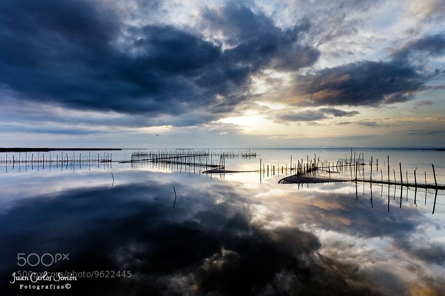 Photograph  Reflejando cielos #2 (reflecting heaven) by Juan Carlos Simón on 500px