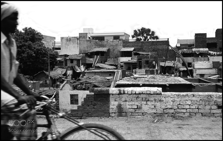 Photograph INDIEN - man on bike by Karin Ziegler on 500px